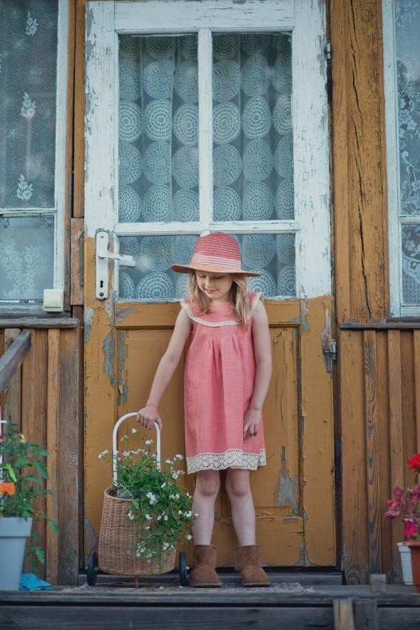 eleganckie sukienki dla dziewczynek